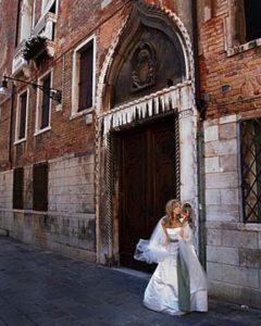 destination wedding photographer venice italy