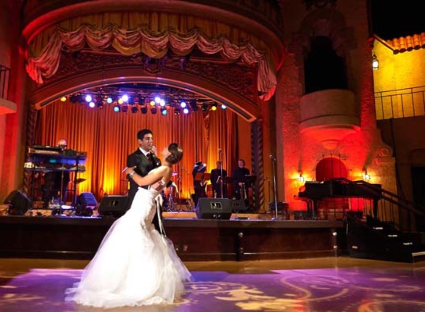 Indiana Roof Ballroom First Dance Photos
